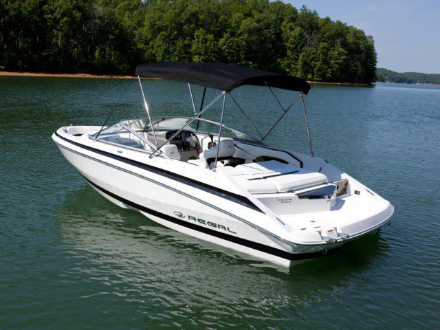 regal-bowrider-2000-huge-07029068e24cc296 Ski Boats